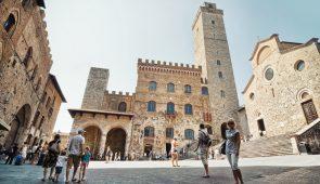 120507 San Gimignano Town Hall