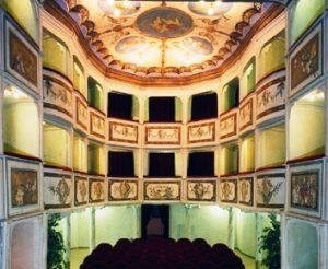 00408_small_theatre