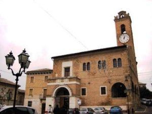 00951_monterubbiano_town_hall